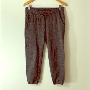 Old Navy Mid Rise Crop Sweatpants Small